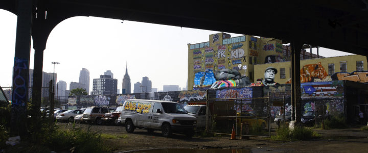 photo, From Under the Tracks, 5 Pointz