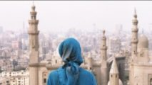 hijabi_in_front_of_mosue_in_cairo-by-nick-leonard-jpg