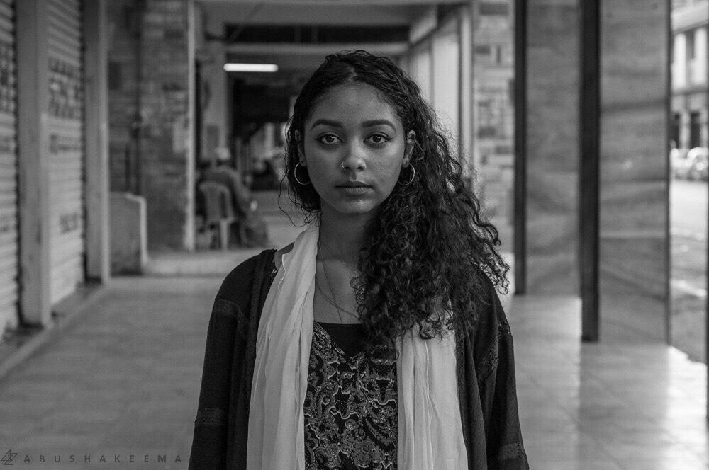 safia-enhillo-headshot-nn-by-ahmed-aladdin-abushakeema-img_1152